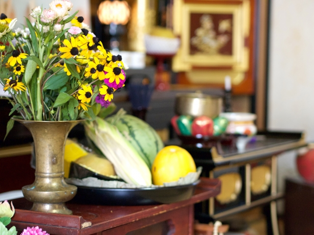初盆の祭壇の時期や飾り方、準備するものまとめ